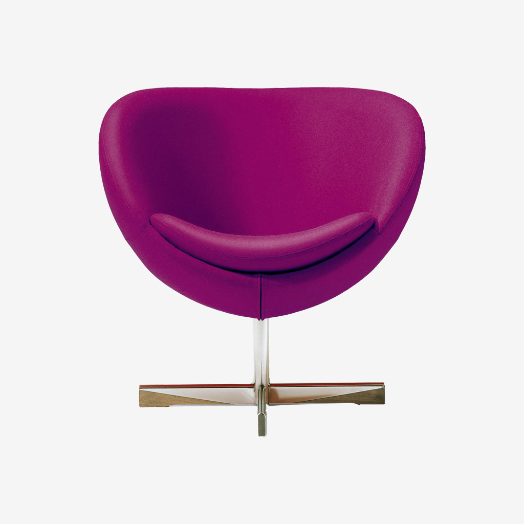 Wood Pecker Leatherette Chair